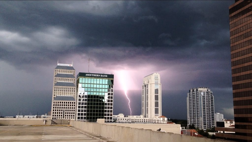 weather-lightning-orlando-071115